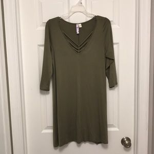 1/4 sleeve olive dress